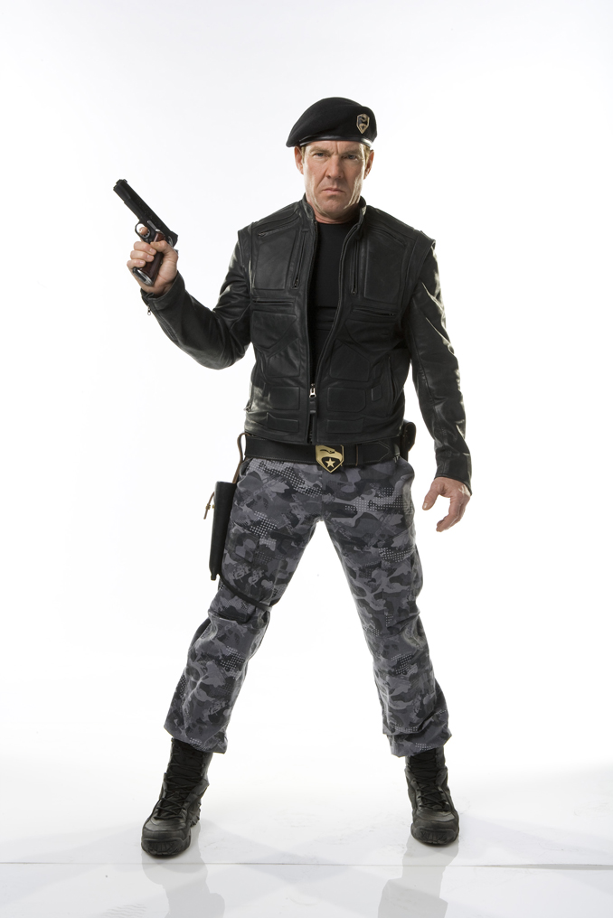 dennis-quaid-general-hawk.jpg