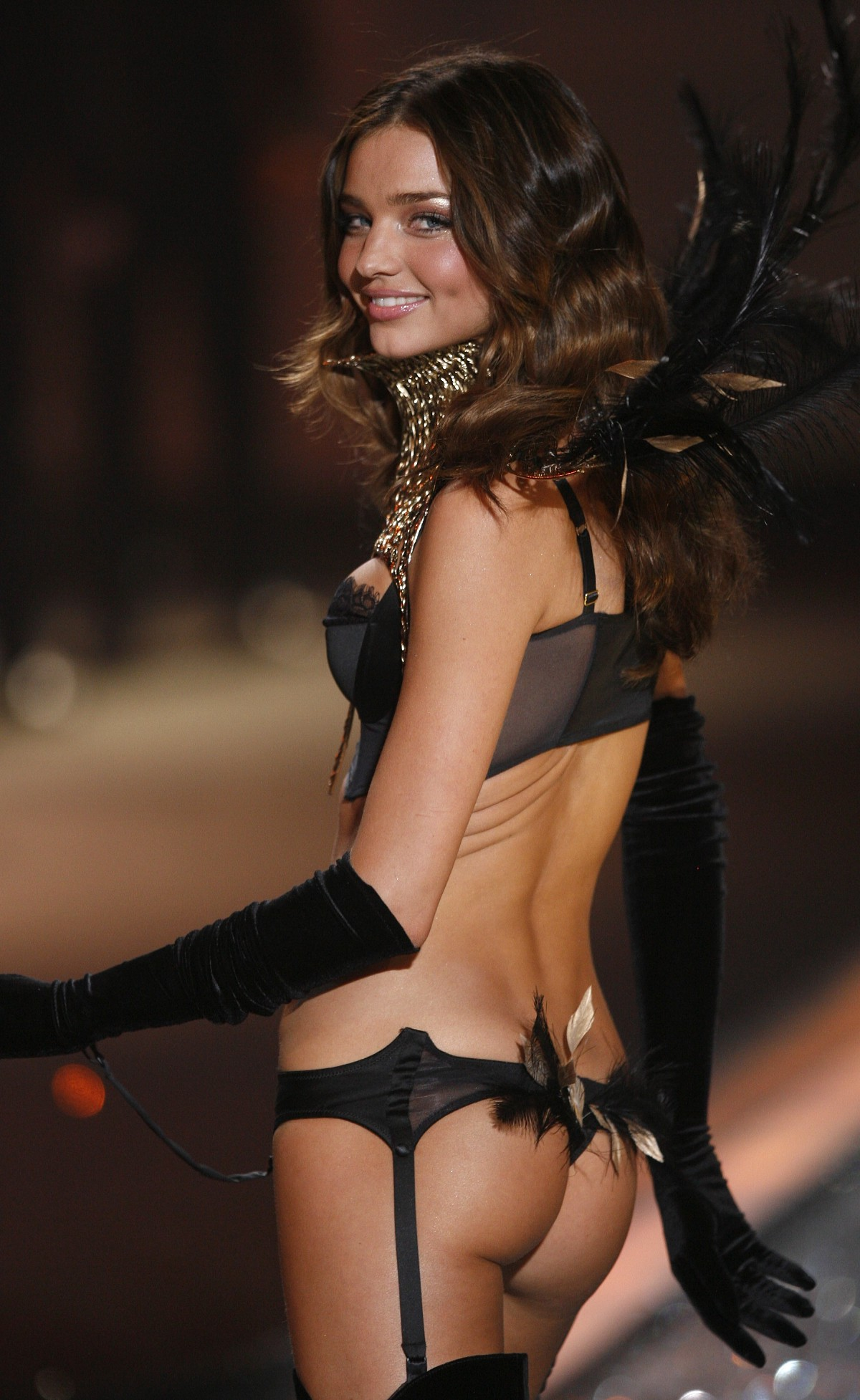 Miranda Kerr Victoria's Secret Fashion Show December 2009 Pictures