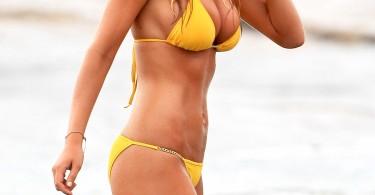 brooklyn-decker-yellow-bikini-1