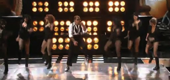 les-grossmen-jennifer-lopez-mtv-movie-awards-2010-clip-header