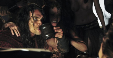 Jason Momoa, Conan (2011), Drinking Girls, 01