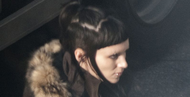 Rooney Mara, The Girl With The Dragon Tattoo, 2011, Close-up on Set, 01