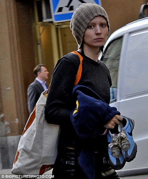 Rooney mara girl with the dragon tattoo pictures Jan 13, 2011 Rooney Mara's