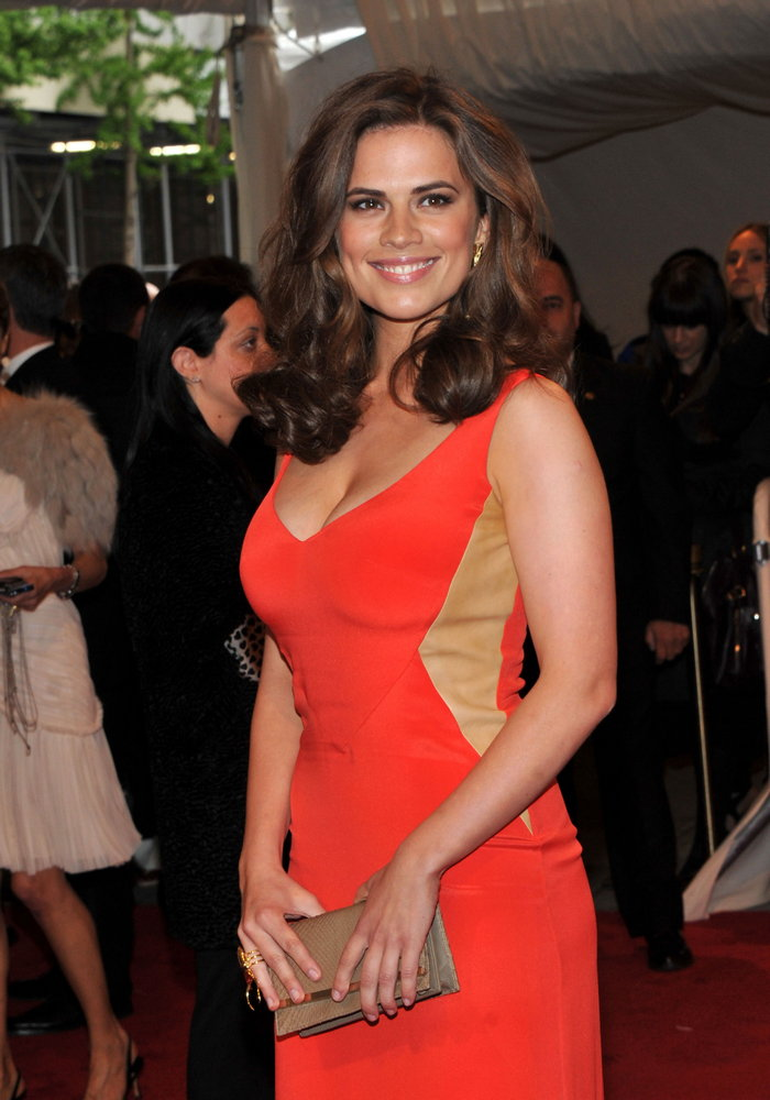 Hayley Atwell, MET Ball, 2011, 01
