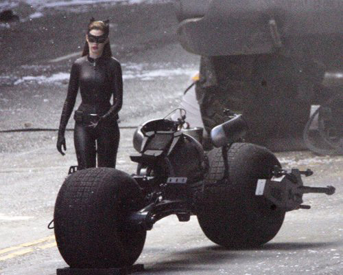 Anne Hathaway, Catwoman, HEMTT, Batpod, The Dark Knight Rises 2012, Set 03