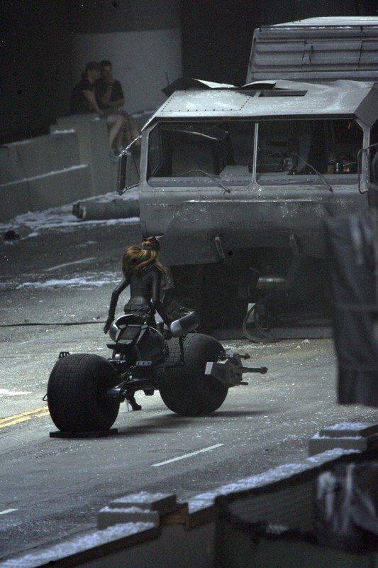 Anne Hathaway, Catwoman, Marion Cotillard, HEMTT, Batpod, The Dark Knight Rises 2012, Set 01