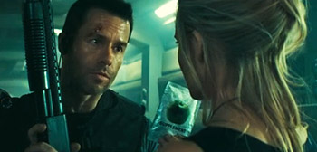 Guy Pearce, Maggie Grace, Lockout, MS One Maximum Security