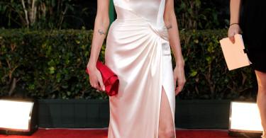 Angelina Jolie, Golden Globe Awards 2012