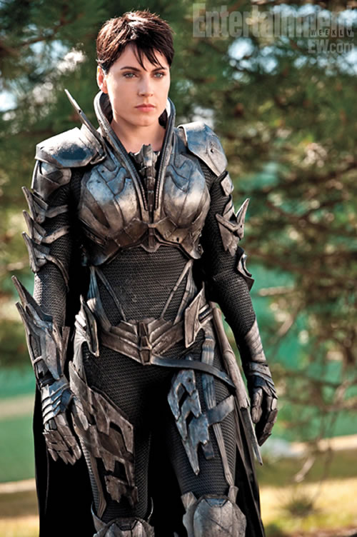 Antje Traue Man of Steel Entertainment Weekly