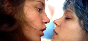 Adèle Exarchopoulos Léa Seydoux Blue is the Warmest Colour La vie d'Adèle