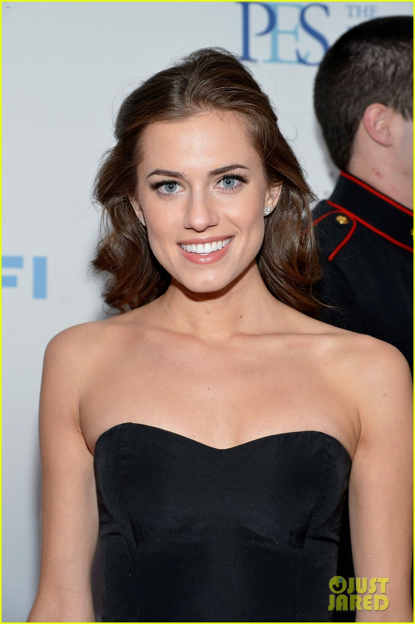 Allison Williams Stand Up for Heroes Event
