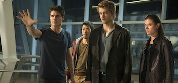 Robbie Amell Luke Mitchel Peyton List Aaron Yoo The Tomorrow People