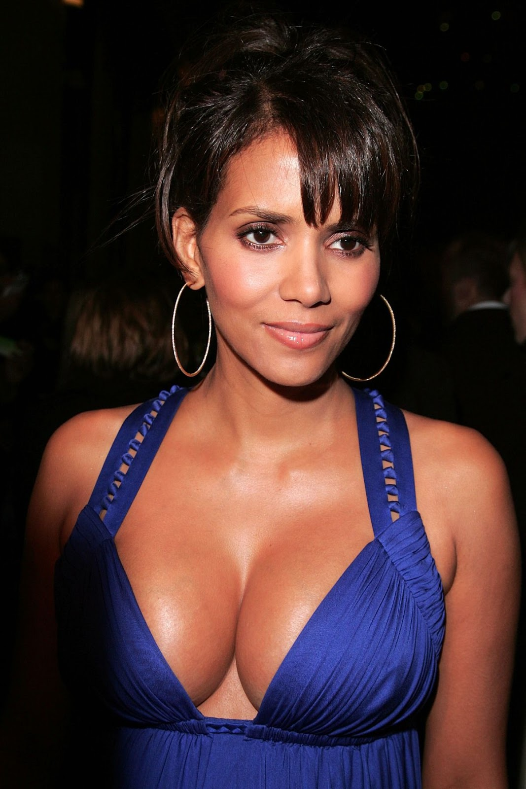 EXTANT (2014): Halle Berry cast in Speilberg Produced CBS ... Halle Berry