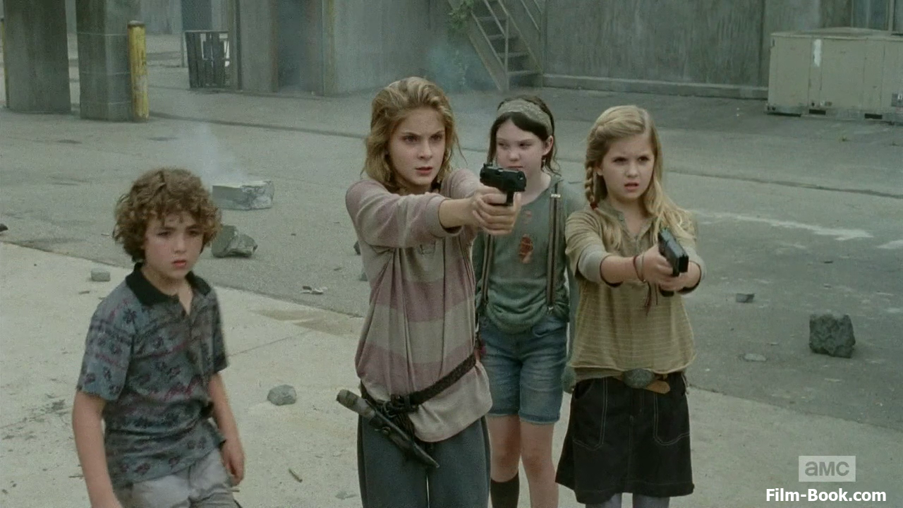 Brighton Sharbino Kyla Kenedy Luke Donaldson Kennedy Brice The Walking Dead Too Far Gone