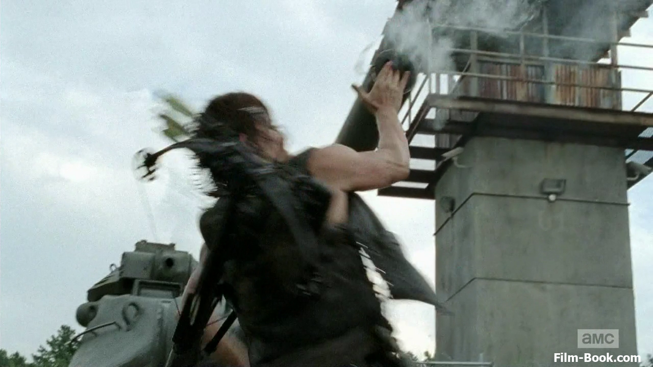 Norman Reedus Grenade Tank Turret The Walking Dead Too Far Gone