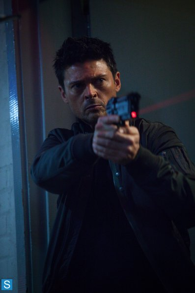 ALMOST HUMAN: Season 1, Ep. 8: 'You are Here' TV Show ...