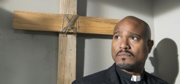 seth-gilliam-the-walking-dead-5.14-spend-350x164