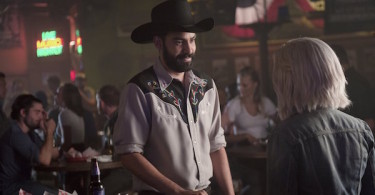 Rahul Kohli Rose McIver iZombie Even Cowgirls Get the Black and Blues