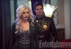 Danielle Panabaker Robbie Amell Welcome to Earth-2 The Flash