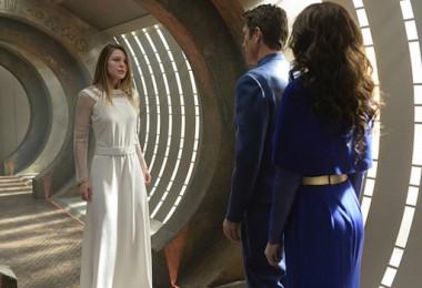 Melissa Benoist Robert Gant Laura Benanti For The Girl Who Has Everything Supergirl