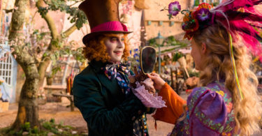 Johnny Depp Mia Wasikowska Alice Through the Looking Glass