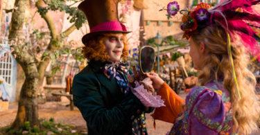 Johnny Depp Mia Wasikowska Alice Through the Looking Glass