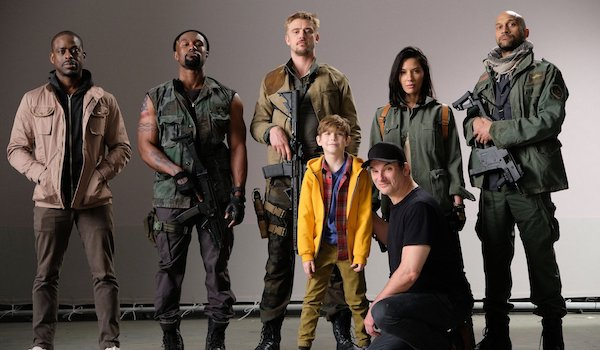 the-predator-cast-photo-600x350.jpeg