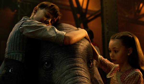 Nico Parker Finley Hobbins Dumbo