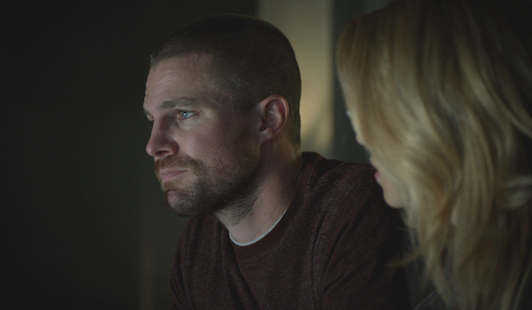 Stephen Amell Emily Bett Rickards Arrow Shattered Lives